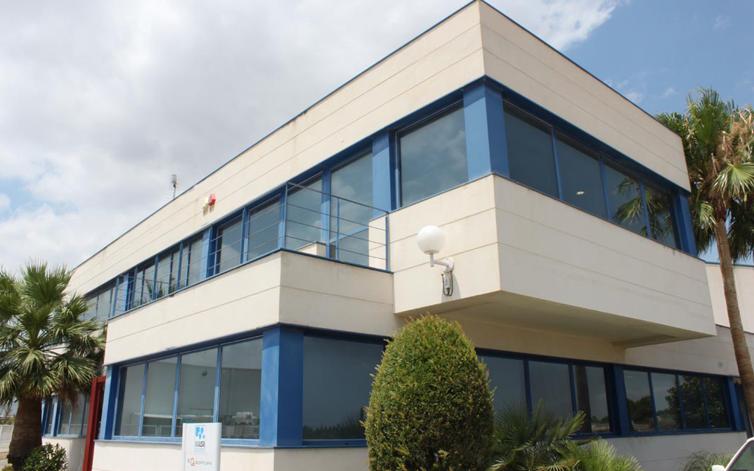 CENTRO LOGÍSTICO Y OFICINAS PARA VIJUSA EN CHESTE